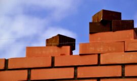 Стены загородного дома